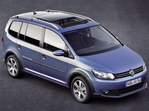 bg800_380488-500x375 Volkswagen показал Европе новый микровэн CrossTouran
