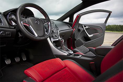 5 Opel представил интерьер трехдверной Астры