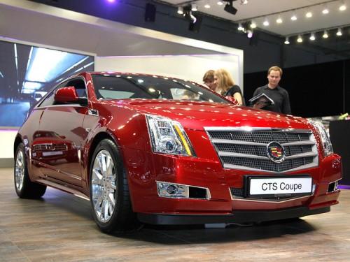 bg800_381804-500x375 Cadillac показал москвичам новое поколение кроссовера SRX и CTS Coupe