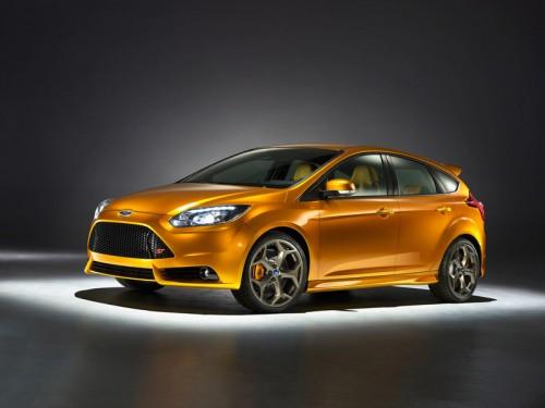bg800_383543-500x375 Новый Ford Focus ST поступит в продажу с  247-сильным турбодвигателем