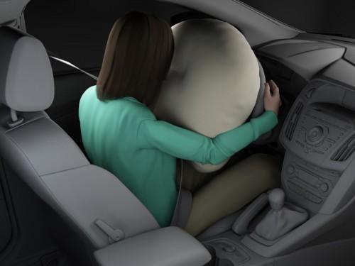 bg800_383723-500x375 Ford выпустил улучшенные подушки безопасности для нового Focus
