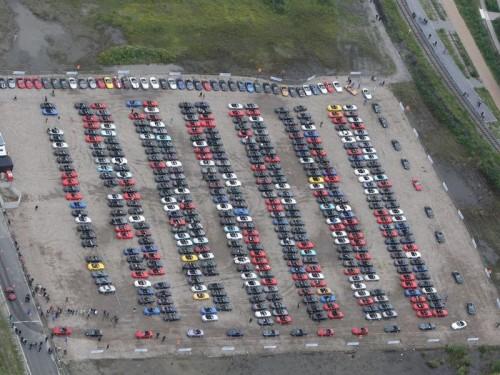 bg800_383888-500x375 Mazda установила рекорд, собрав в одном месте 459 родстеров MX-5