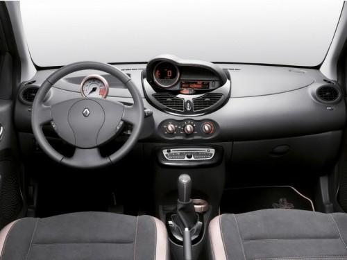 bg800_384514-500x375 Дом моды Miss Sixty помог Renault оформить спецверсию модели Twingo