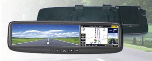 mirror-navi-500x201 Ford снабжает зеркала заднего вида своих автомобилей навигаторами
