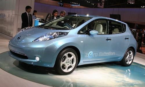5b4c6757ec4db4ed286cd6cfa4d325d0 Японская компания Nissan начала производить электрокар Leaf