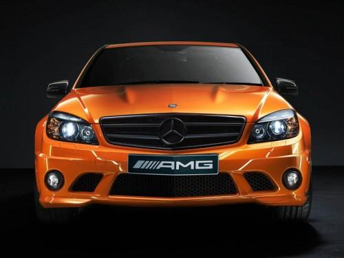 bg800_386844-500x375 Mercedes удивил австралийцев двумя заряженными новинками