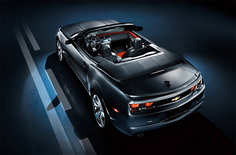 1 В сети Facebook прошла презентация серийного кабриолета Chevrolet Camaro