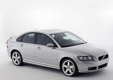 s40 Разработать дизайн новой модели Volvo поручено китайцам
