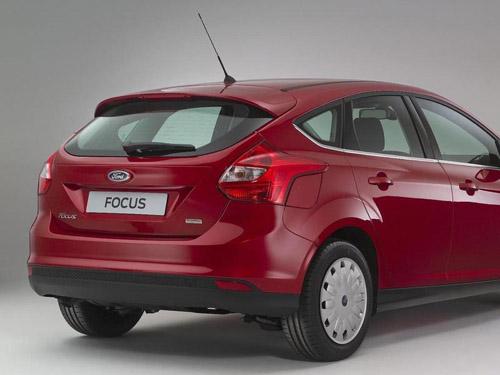 bg800_407024 Ford выпустил самую экономичную модель Focus