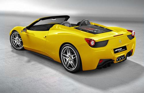 bg800_421723 Во Франкфурте покажут Ferrari 458 Spider