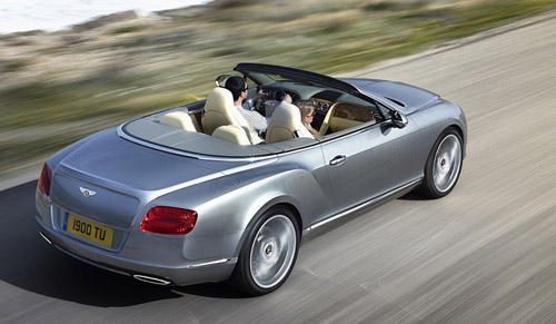 bg800_423834 Представлен обновленый кабриолет Bentley Continental GTC
