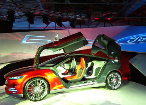 bg800_425144 На базе концепта Ford Evos выпустят Focus Coupe
