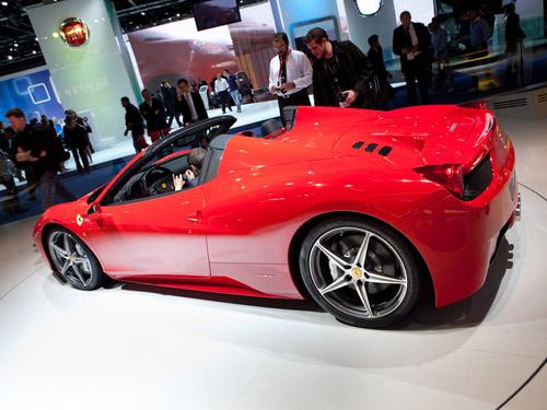 bg800_427510 Объявлена цена новой Ferrari 458 Spider