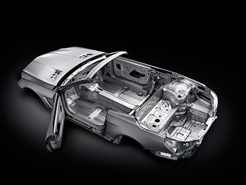 Кузов нового Mercedes-Benz SL изготовят из алюминия