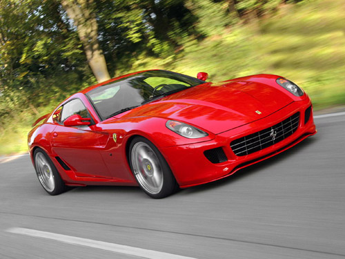 К очередному юбилею компания Ferrari подготовила особую серию 599 Fiorano, а защитить ее внешний вид поможет карбоновая пленка