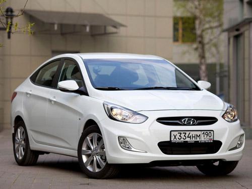 bg800_410344 Hyundai Solaris 2012 получит дополнительные опции