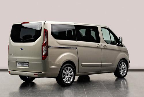 bg800_446904 Ford покажет в Женеве прототип нового Transit