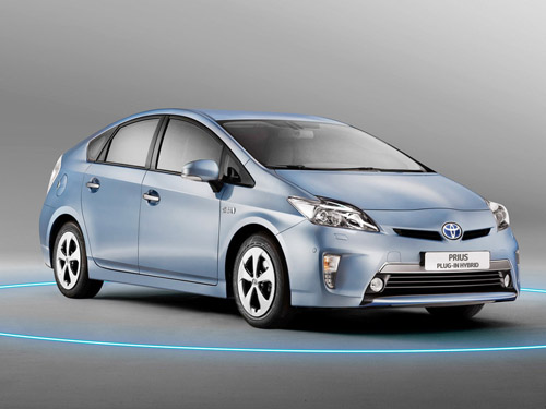 bg800_447764 Расход топлива Toyota Prius составляет всего 2,1 л на 100 км