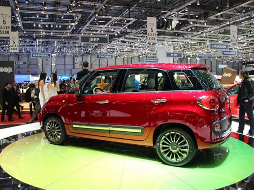 bg800_449024 Через год Семейство Fiat 500 пополнится кроссовером