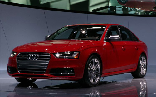 audi-S4-front-left-view Новое поколение Audi A4 будет обладать более агрессивной внешностью