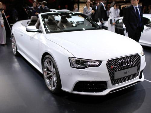 bg800_473490 Audi представила спорткар RS 5 в открытом кузове
