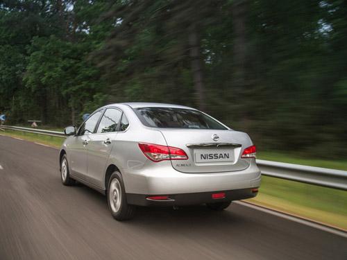 bg800_471388 Стоимость нового Nissan Almera составит от 429 000 рублей