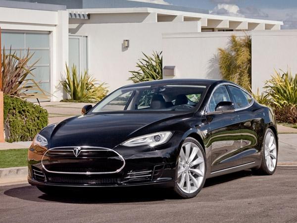 Tesla создаёт доступный электрокар