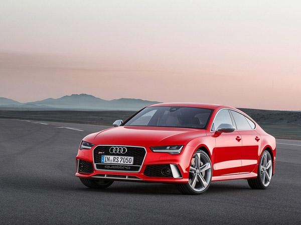 Представил обновленный Audi RS 7