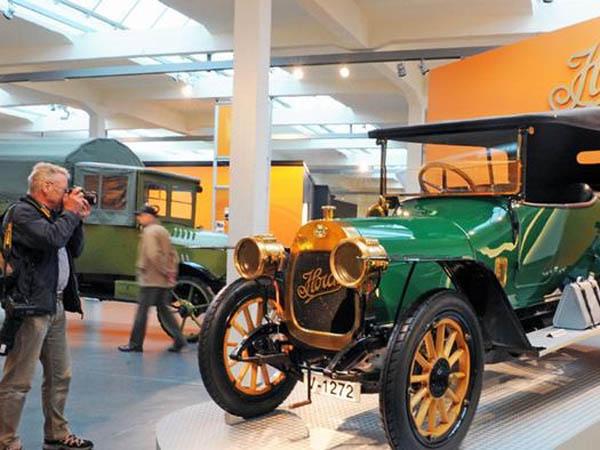 81 ТОП-10 автомобильных музеев