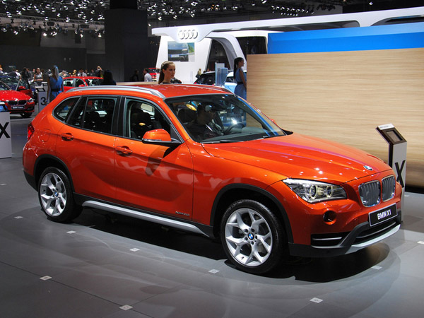 BMW готовит удлиненные версии кроссоверов